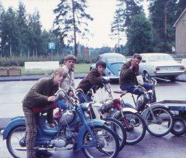 Moppegänget vid Trekanten 1968.